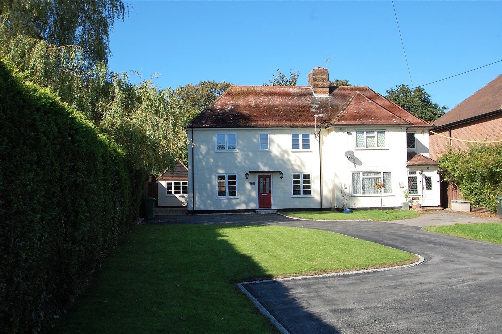 Farnham Road, Liss
