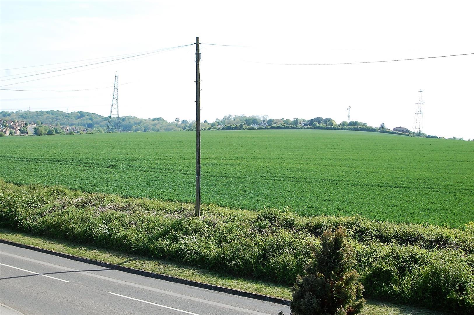 Drift Road, Clanfield