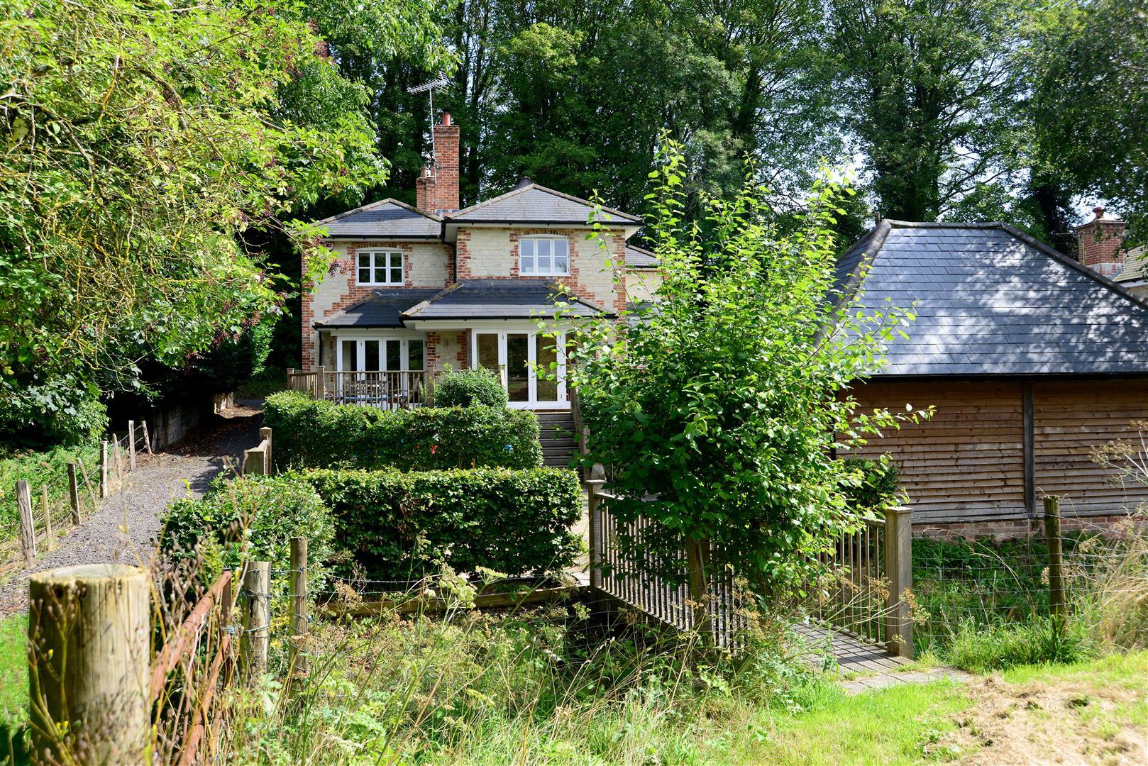 North Lane, Hampshire