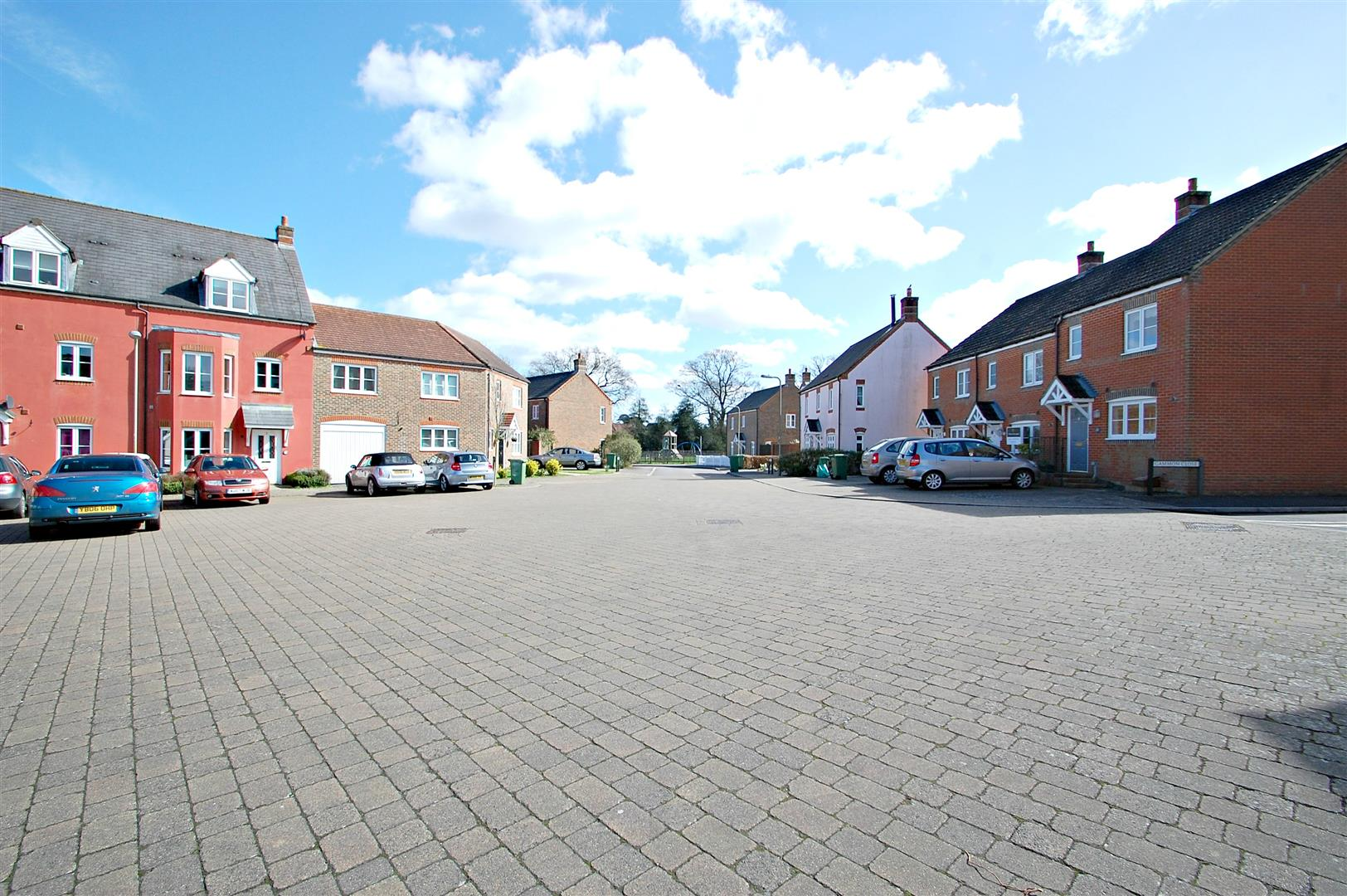 Hobbs Square, Hampshire
