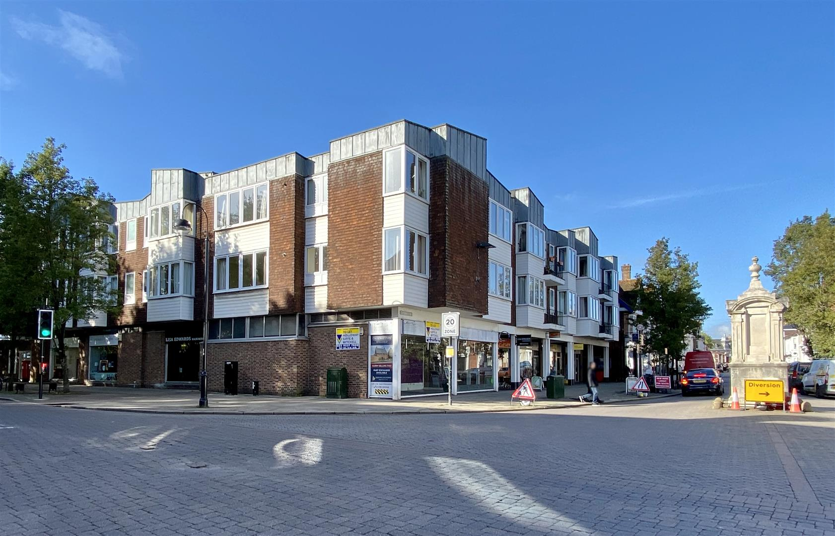 Dolphin Court, Petersfield